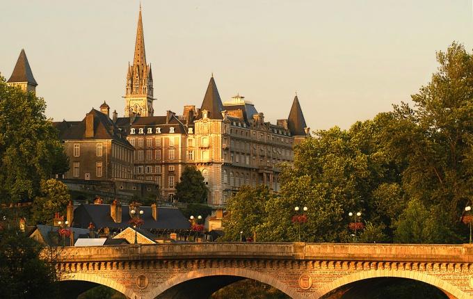 города западной франции фото