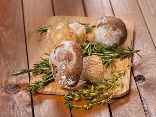 Заморозка по правилам позволит грибам не потерять аромат