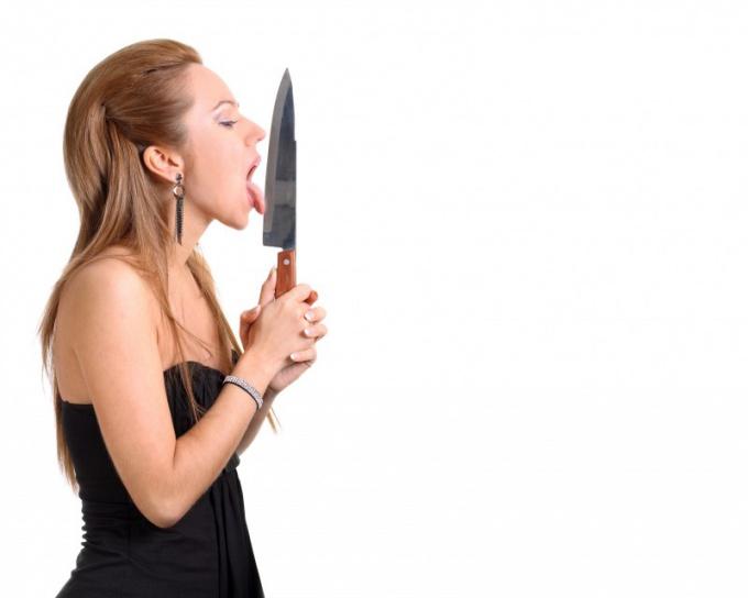 Нельзя есть с ножа