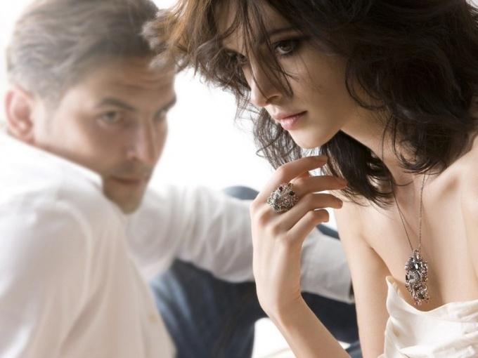 Может ли мужчина влюбиться в непривлекательную женщину