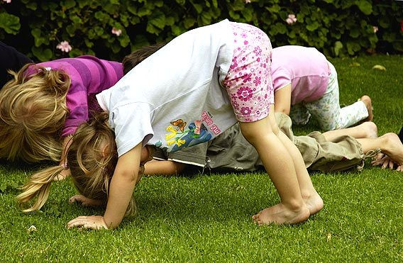 Утренняя зарядка на основе потешек и стихов для детей 3-5 лет
