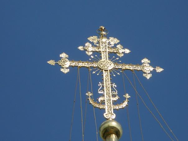 Православные традиции: можно ли хоронить человека с иконой