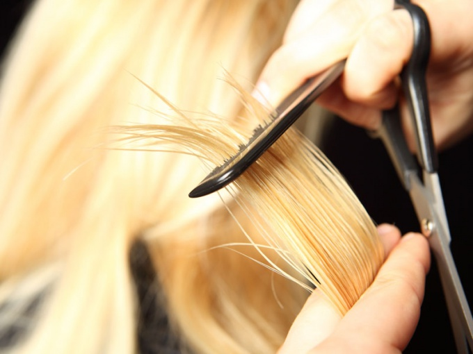 Lunar calendar haircuts for March 2015 year: auspicious days