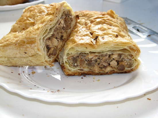 How to cook meatloaf in puff pastry