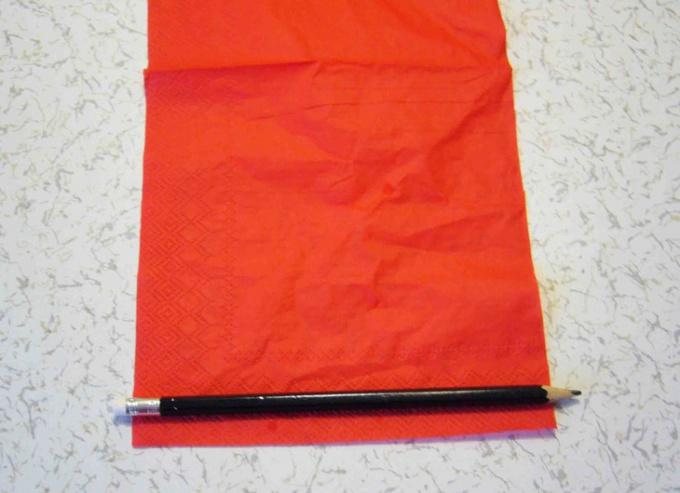 Как сделать валентинку из бисера и бумаги