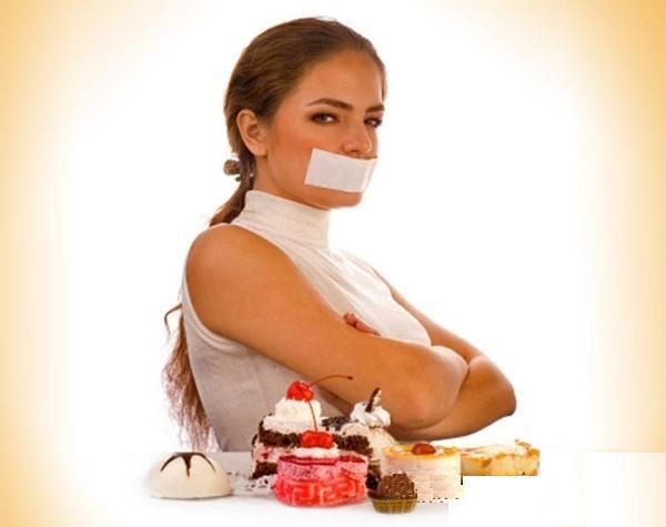 Несколько способов побороть голод во время диеты