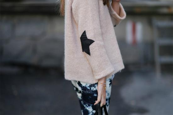 С чем носить свитер оверсайз