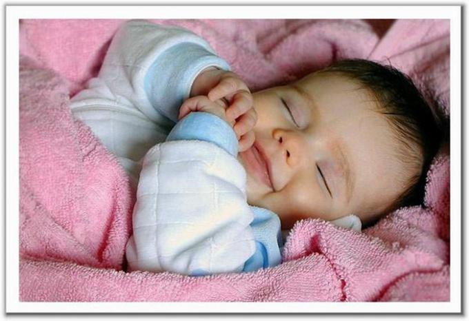 """Сколько """"должен"""" спать ребенок"""
