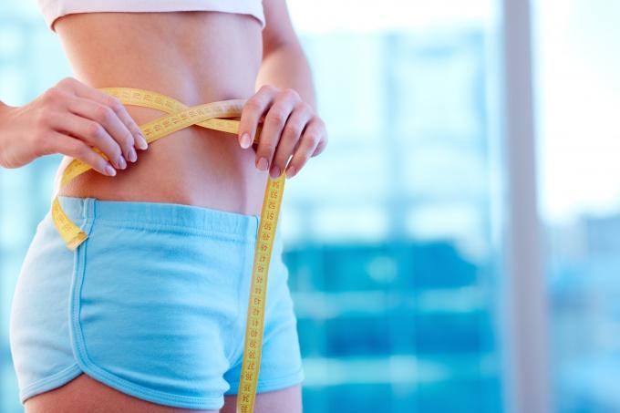 Почему трудно похудеть после родов