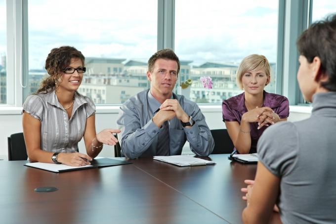 Важно правильно вести себя на собеседовании, чтобы взяли на работу