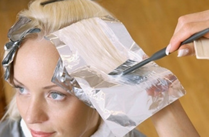 Как осветлить волосы и стать блондинкой