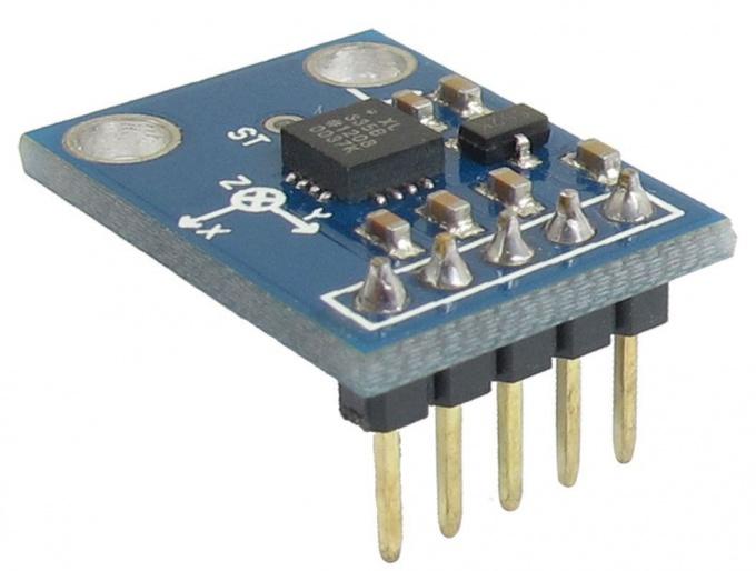 Аналоговый акселерометр ADXL335