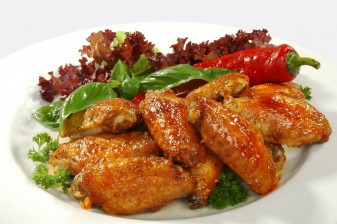 Куриные крылышки с абрикосовым соусом