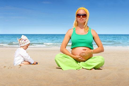Правила принятия солнечных ванн для беременных