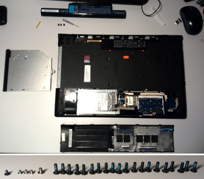 Unscrew all the screws from the bottom of the laptop is Acer Aspire V3-571G