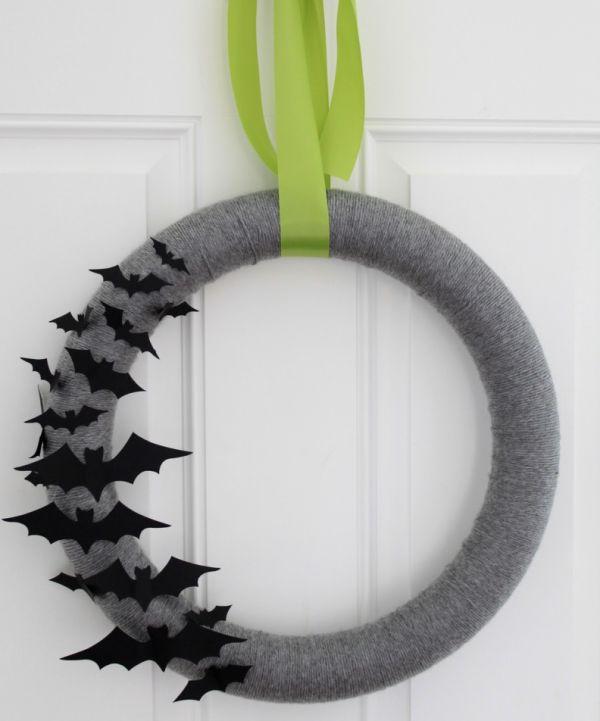 Как украсить входную дверь на Хэллоуин