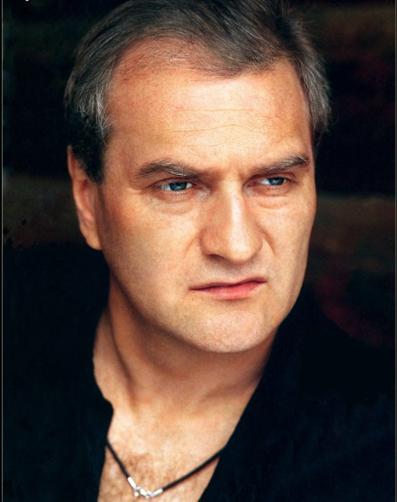 Актер Александр Балуев