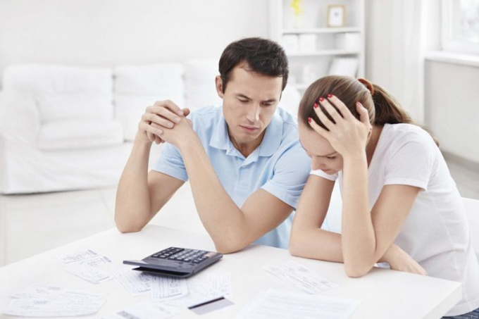 how to legally not pay credit