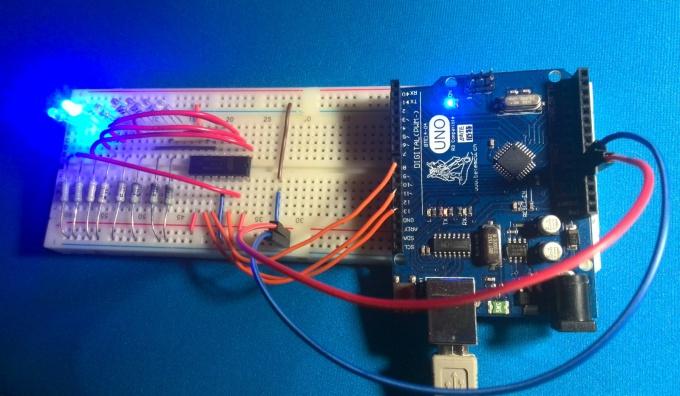 Бегущая волна с помощью Arduino, сдвигового регистра и светодиодов