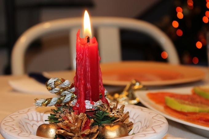 Как украсить кухню своими руками к Новому году