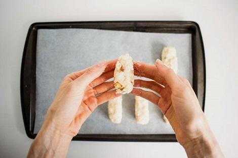Сырные палочки с беконом