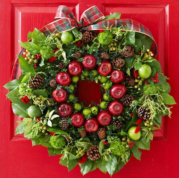 Новогодний венок на дверь