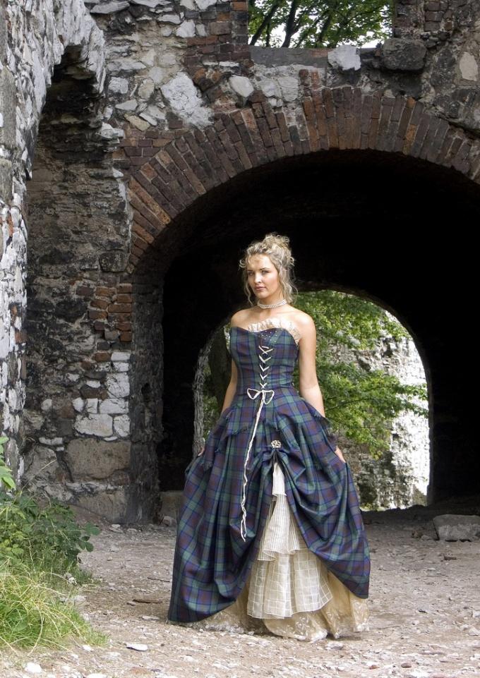Свадебные платья в клетку стали модными