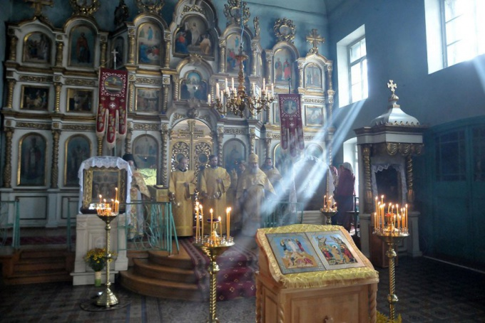 Как проходит воскресная служба в храме