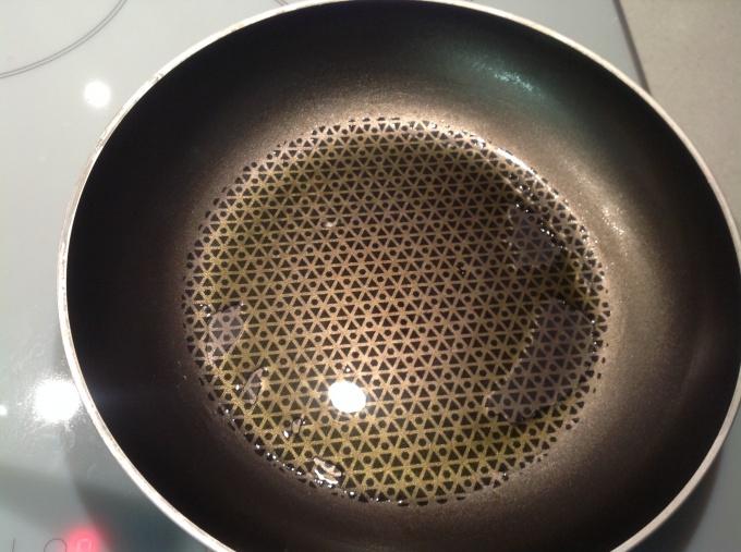 Разогреваем сковороду