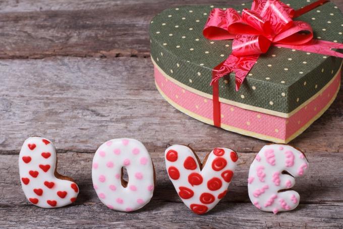 Подарки на 14 февраля: минимум средств и максимум любви