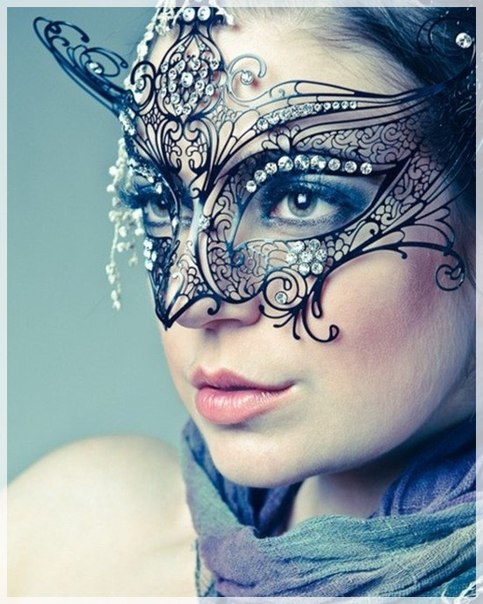 a beautiful half mask with rhinestones