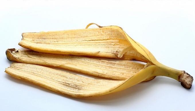 Как использовать банановую кожуру в быту