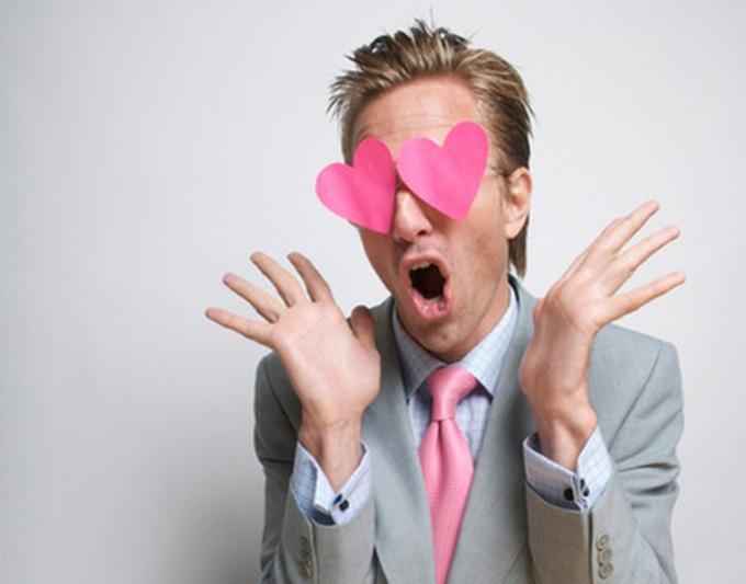 Как понять, что мужчина любит