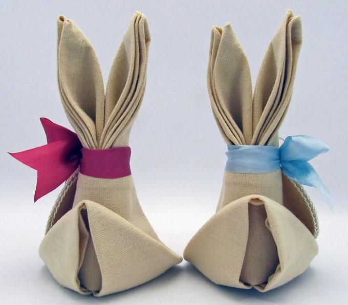 Как сделать пасхального зайца из салфетки