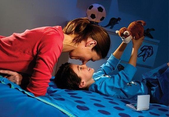 Как воспитать сына: правила для матерей
