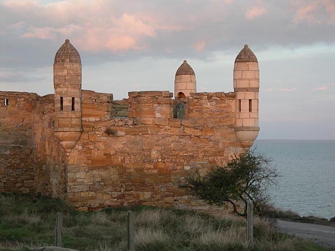 Достопримечательности Крыма: Турецкая крепость в Керчи