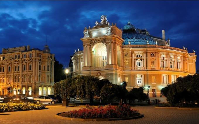 Одесский национальный театр оперы и балета