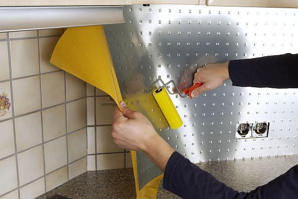 Как обновить старый кафель своими руками