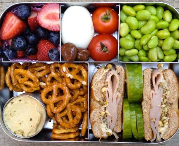 Как быстро и вкусно пообедать на работе