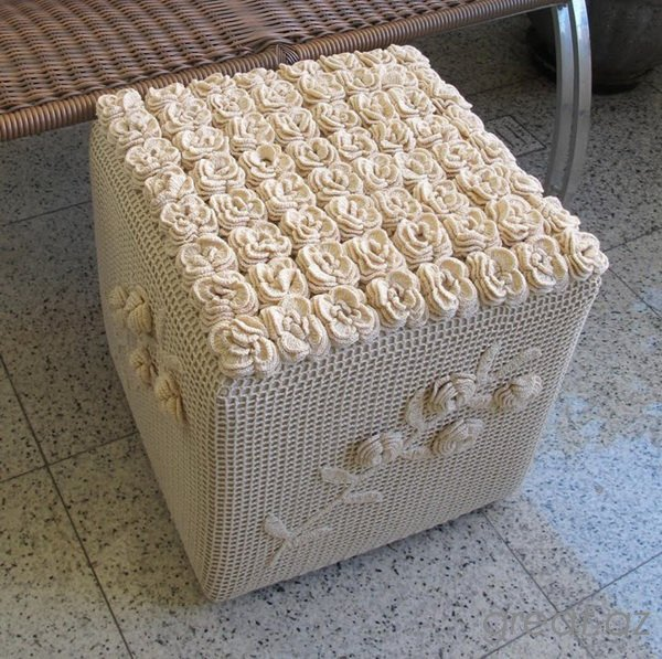 Ottoman out of plastic bottles. Master class