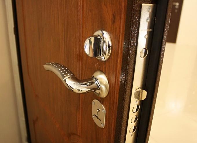 Дверь должна быть и красивой, и надежной
