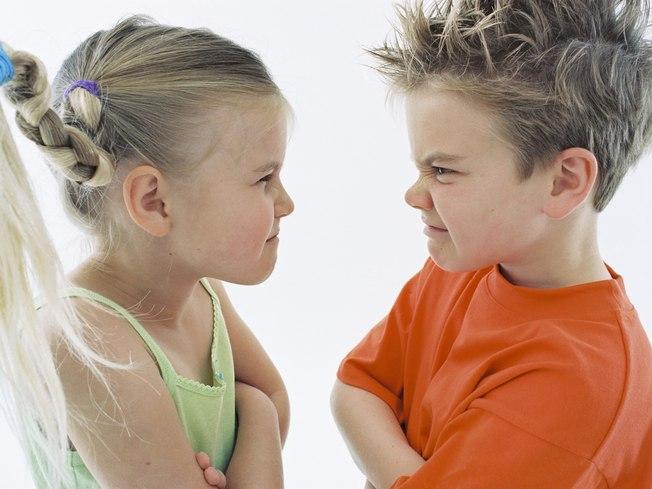 Детям нужна помощь для разрешения конфликтов