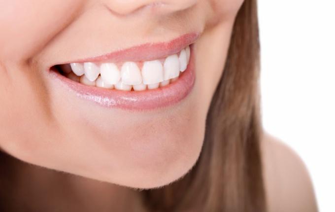 Как быстро вылечить заеды в уголках рта 🚩 как лечить заеды в ...