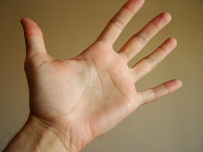 Как определить склонность к опухолям мозга по руке