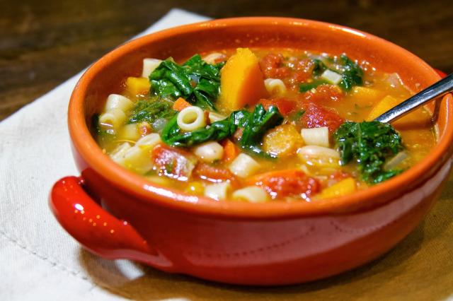 Как приготовить питательный овощной суп
