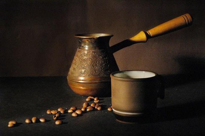 Как правильно варить кофе в турке дома