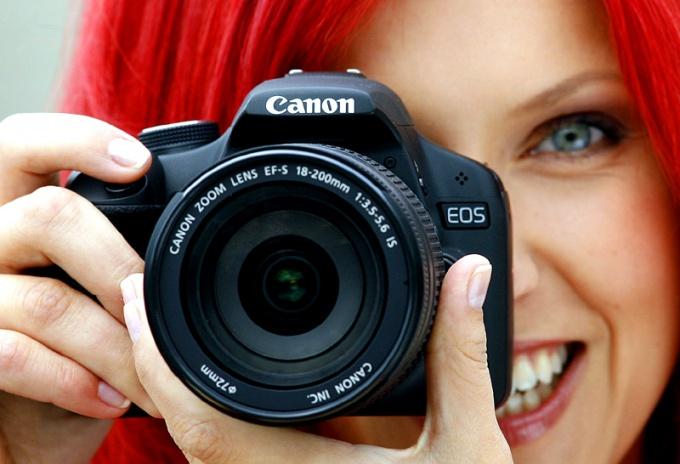 Поднимая вопрос, как правильно фотографировать, нельзя обойти вниманием специфику фотосъемки портретов