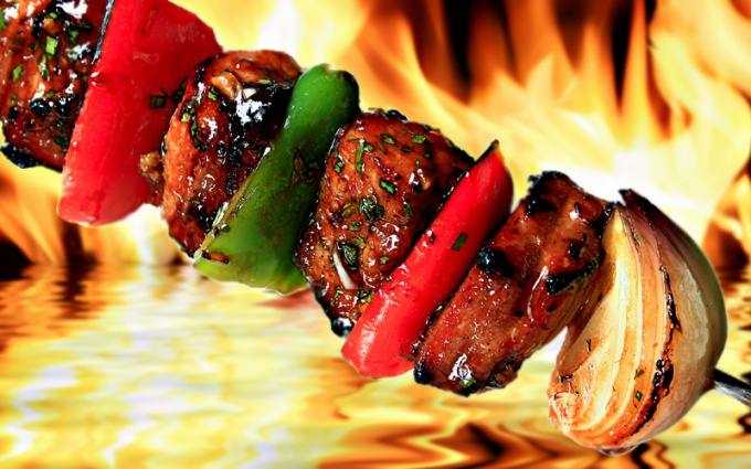 Choosing what kind of meat is kebab, it is better to give preference to pork