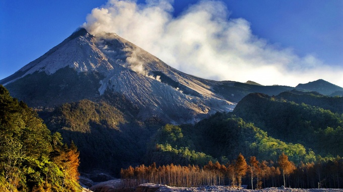 вулкан острова Ява