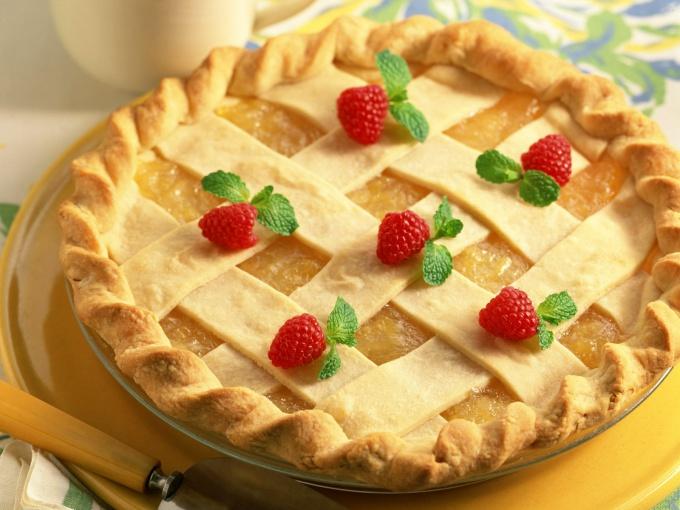 Подлинные методы украсить пирог